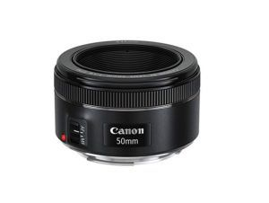 Best Vlogging lens cannon 50-mm by vlogears.com